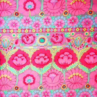 Tissu à fleurs aux accents bohèmes Free Spirit Embroid flower border pinkpar Kaffe Fassett, ce coton imprimé convient pour le patchwork et la couture creative