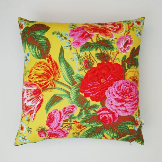 coussin createur Ln Fabrics tissu à fleurs Free Spirit Philip Jacobs
