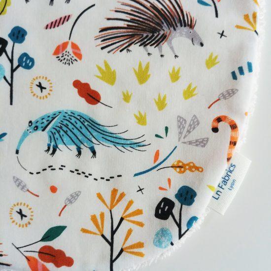 bavoir bandana bavette bavoir foulard animaux coton imprimé paresseux Dashwood Studio hanging around 1418
