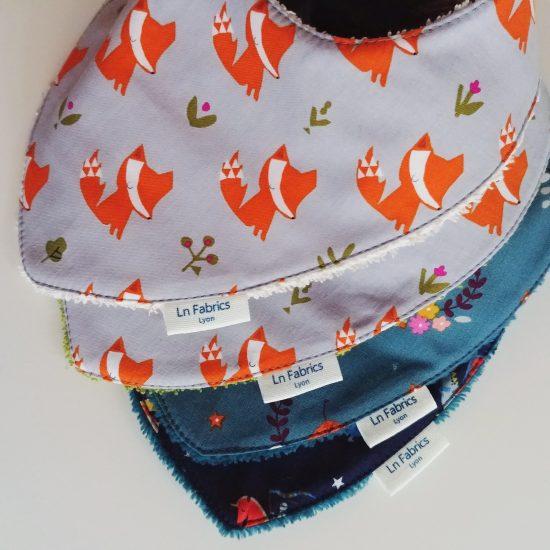 bavoir bandana bavette bavoir foulard tissu imprimé Dashwood Studio