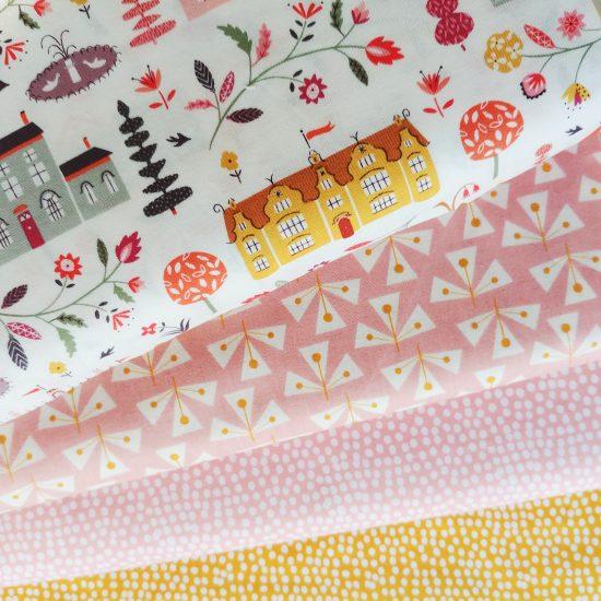 tissu imprimé dashwood studio elinor flurry gold flurry blush loisirs créatifs couture patchwork