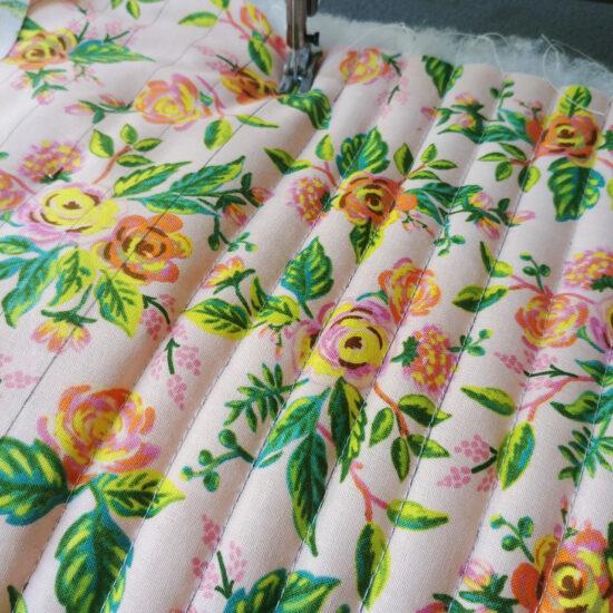 tissu imprimé fleurs rifle Paper Co matelassé